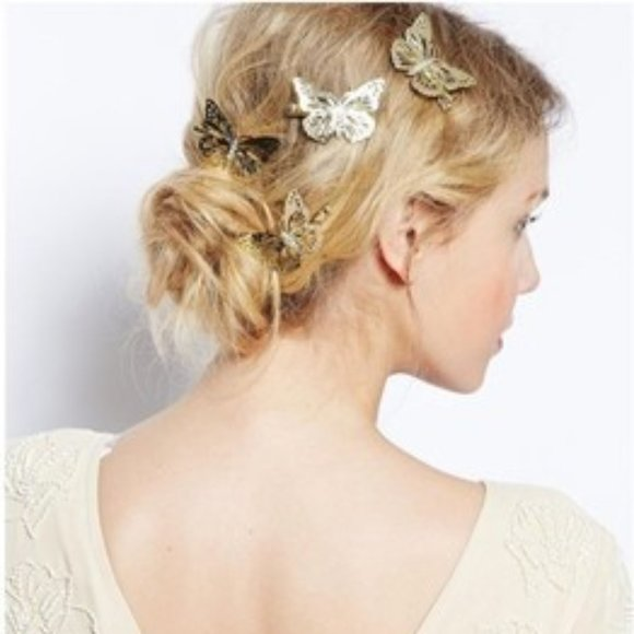 Other - (BI) butterfly hair clip
